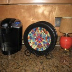More dinnerware and giftware used to decorate the kitchen.
